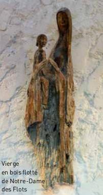 Vierge en bois flotté de l'église Notre Dame des Flots